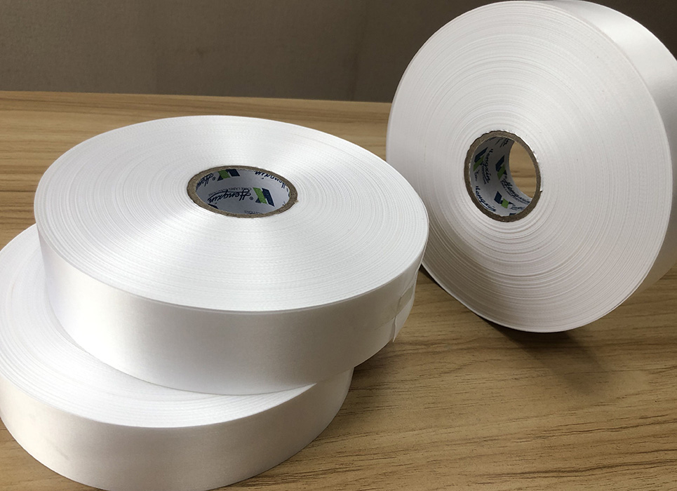 High quality single polyester satin for thermal transfer printing PS7102