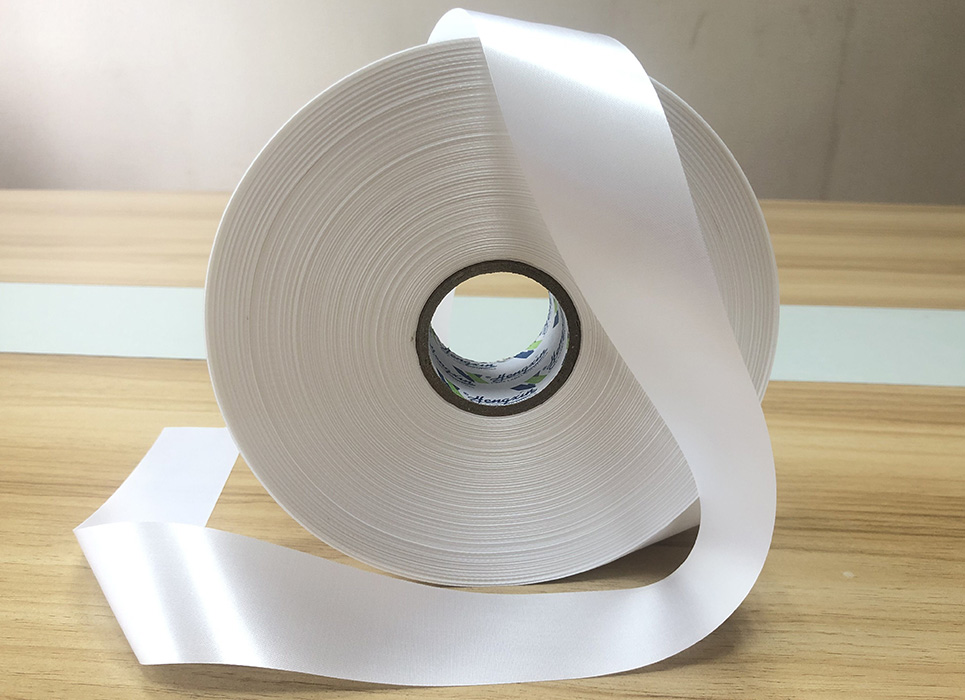 Double sided thick polyester satin PS7551